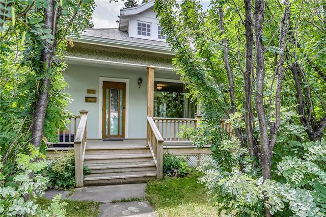 1305 20 Avenue NW, Calgary, AB T2M 1G4 (#C4195028) :: Calgary Homefinders