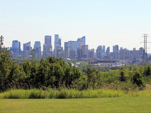 504 Cedar Crescent SW #4, Calgary, AB T3C 2Y8 (#C4195060) :: Carolina Paredes - RealHomesCalgary.com