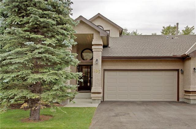 108 Oakbriar Close SW, Calgary, AB T2V 5H2 (#C4195086) :: Redline Real Estate Group Inc