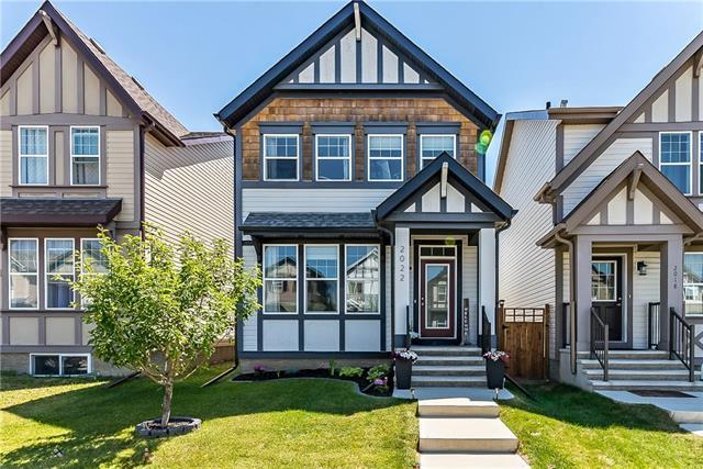 2022 New Brighton Park SE, Calgary, AB T2Z 1B1 (#C4195124) :: Calgary Homefinders