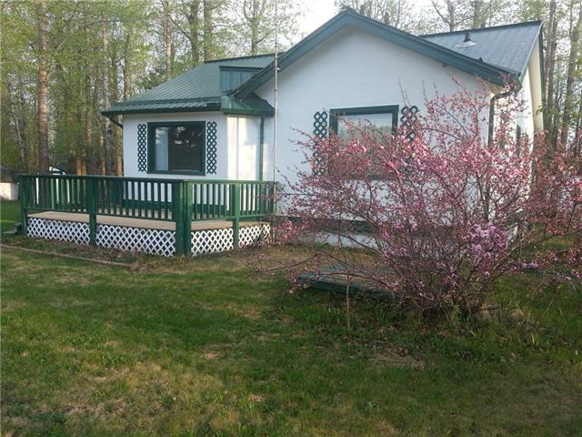 7 Woodland Crescent, Ponoka, AB T4S 1L8 (#C4195127) :: Calgary Homefinders