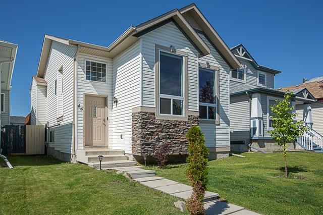 46 Coventry View NE, Calgary, AB T3K 5H4 (#C4195129) :: Carolina Paredes - RealHomesCalgary.com