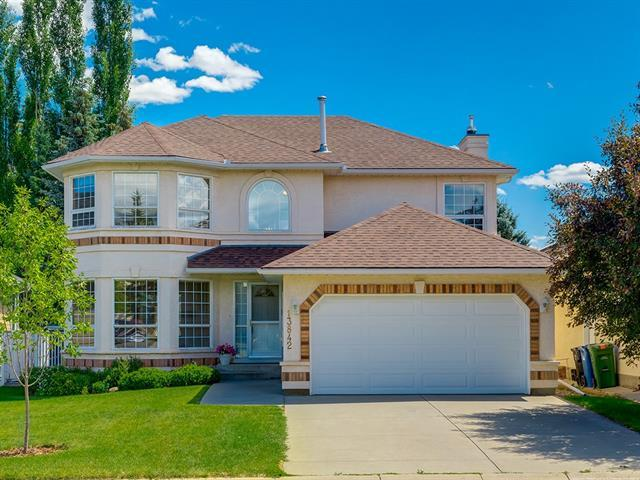 13842 Evergreen Street SW, Calgary, AB  (#C4195150) :: Your Calgary Real Estate