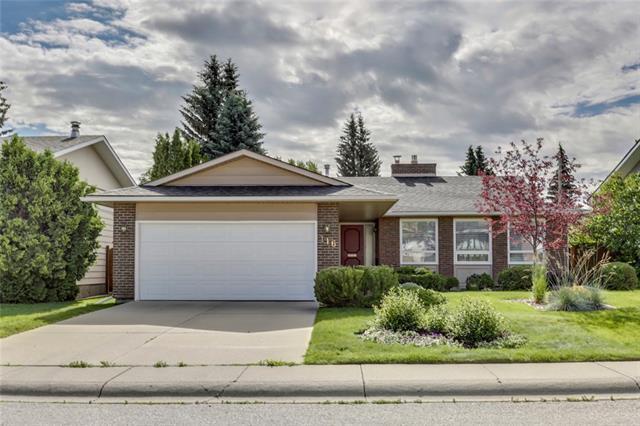 116 Parkland Place SE, Calgary, AB T2J 3Y6 (#C4195215) :: Canmore & Banff