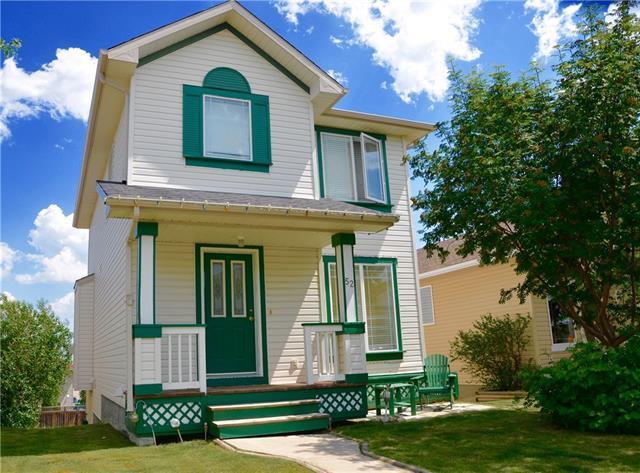 52 Bridleridge Circle SW, Calgary, AB T2Y 4C7 (#C4195274) :: Tonkinson Real Estate Team