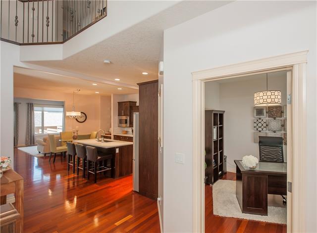 3913 1 Street NW, Calgary, AB T2K 0X2 (#C4195340) :: Redline Real Estate Group Inc