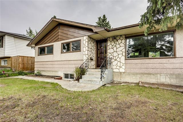 26 Collingwood Place NW, Calgary, AB T2L 0P9 (#C4195349) :: The Cliff Stevenson Group