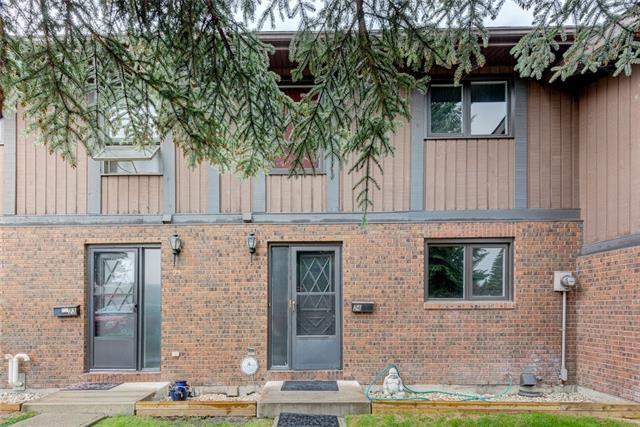 10910 Bonaventure Drive SE #24, Calgary, AB T2J 4Y9 (#C4195399) :: Tonkinson Real Estate Team