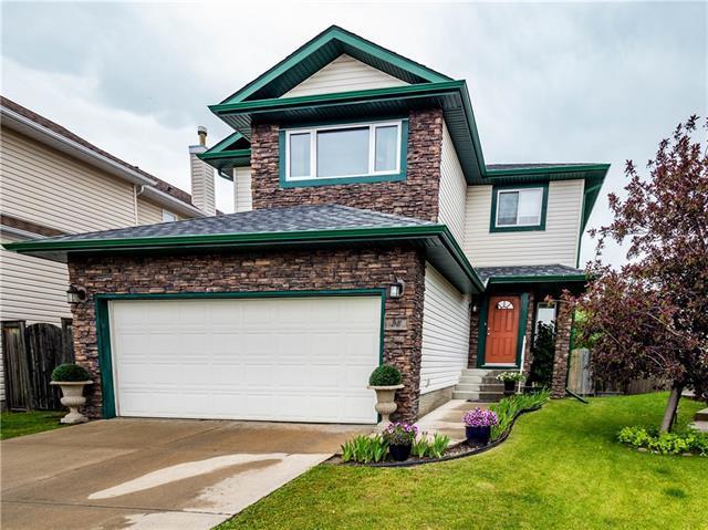 58 Sierra Nevada Green SW, Calgary, AB T3H 3R1 (#C4195400) :: Tonkinson Real Estate Team