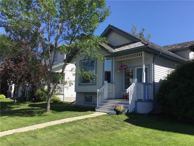 52 Mt Aberdeen Circle SE, Calgary, AB T2Z 3H1 (#C4195435) :: Tonkinson Real Estate Team