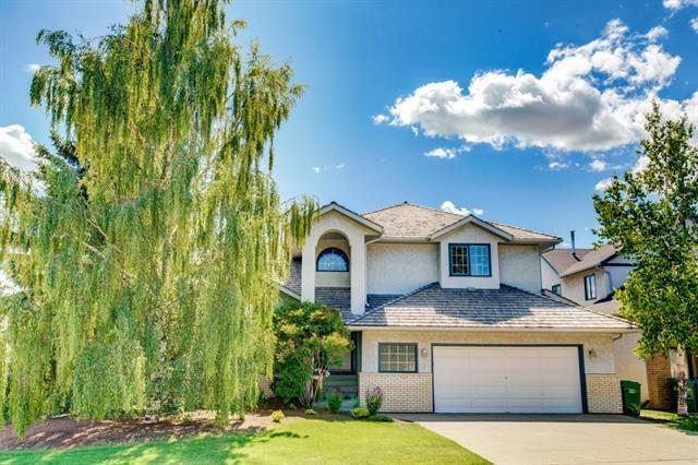 136 Scandia Hill(S) NW, Calgary, AB T3L 1T9 (#C4195507) :: Calgary Homefinders