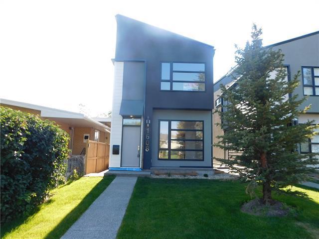 1608 44 Street SW, Calgary, AB T3C 2A8 (#C4195608) :: Carolina Paredes - RealHomesCalgary.com
