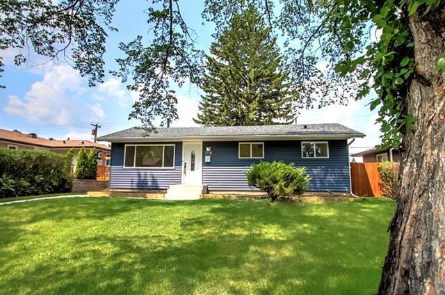 208 78 Avenue SE, Calgary, AB T2H 1C4 (#C4195657) :: Canmore & Banff