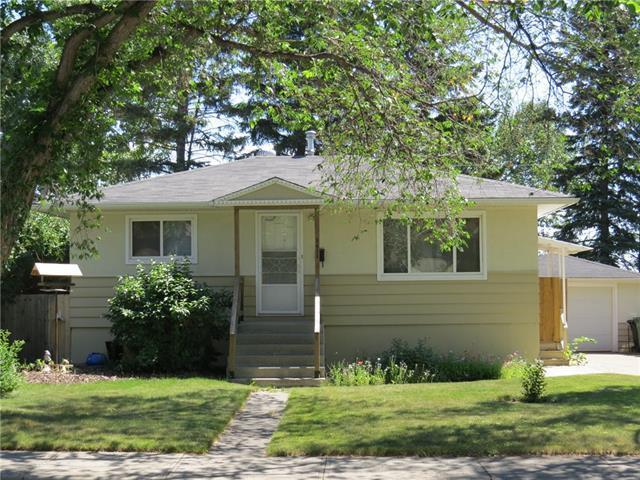 5412 Centre A Street NE, Calgary, AB T2K 1J8 (#C4195679) :: Calgary Homefinders