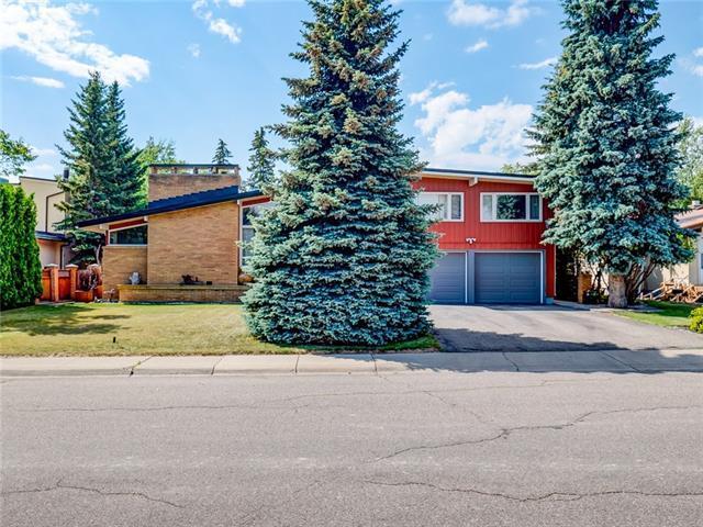 167 Malibou Road SW, Calgary, AB T2V 1X5 (#C4195719) :: The Cliff Stevenson Group