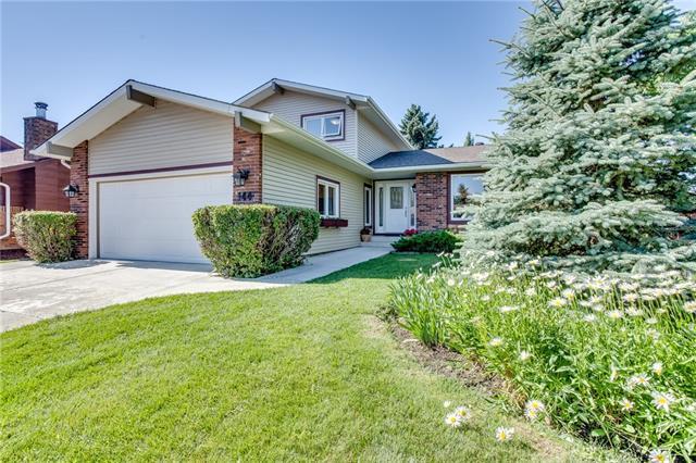 144 Parkview Place SE, Calgary, AB T2J 4W5 (#C4195757) :: Carolina Paredes - RealHomesCalgary.com