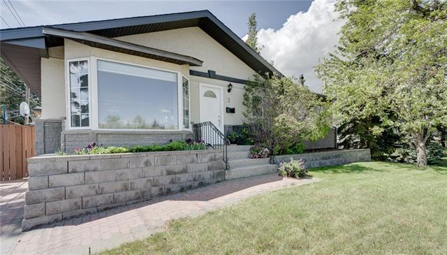 3 45 Street SW, Calgary, AB T3C 2B2 (#C4195787) :: The Cliff Stevenson Group