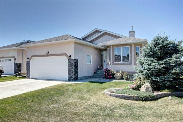 301 Riverside Gardens NW, High River, AB T1V 0A2 (#C4195789) :: Redline Real Estate Group Inc