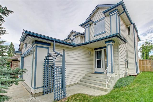 884 Somerset Drive SW, Calgary, AB T2Y 3S2 (#C4195828) :: Calgary Homefinders