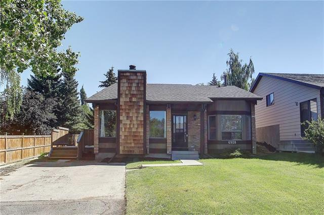 6928 Ranchview Drive NW, Calgary, AB T3L 1L3 (#C4195833) :: Tonkinson Real Estate Team