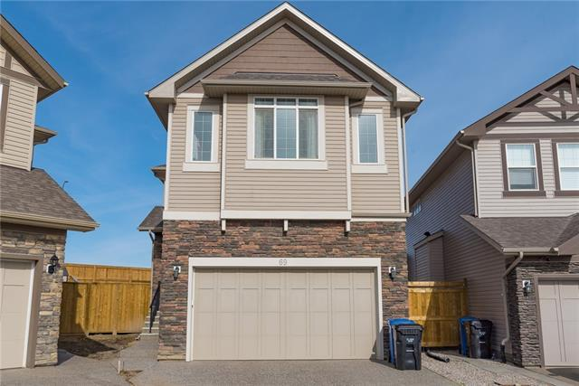 69 Sherwood Heights NW, Calgary, AB T3R 0L3 (#C4195843) :: Redline Real Estate Group Inc