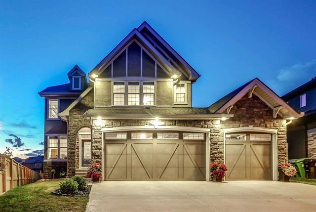 28 Aspen Stone Court SW, Calgary, AB T3H 0L6 (#C4195877) :: Redline Real Estate Group Inc