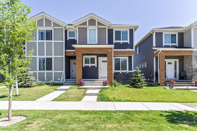 928 Nolan Hill Boulevard NW, Calgary, AB T3R 0W1 (#C4195879) :: The Cliff Stevenson Group