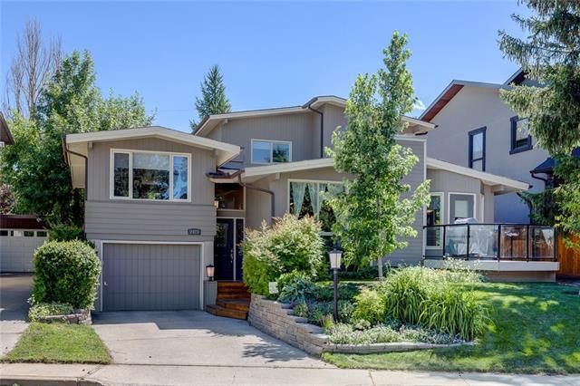 2423 34 Avenue NW, Calgary, AB T2L 0V3 (#C4195891) :: Carolina Paredes - RealHomesCalgary.com