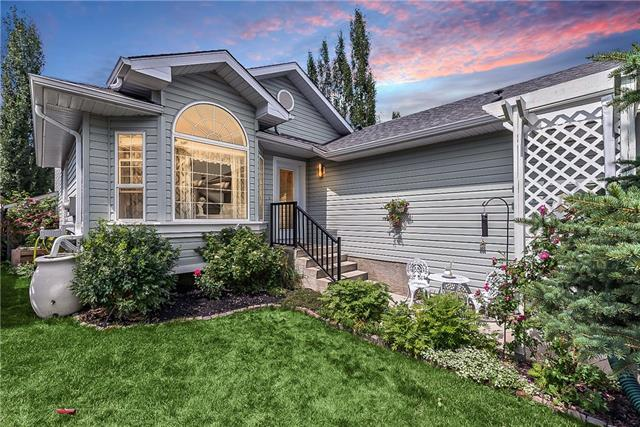 15 Sheep River Link, Okotoks, AB T1S 1R3 (#C4195970) :: Canmore & Banff