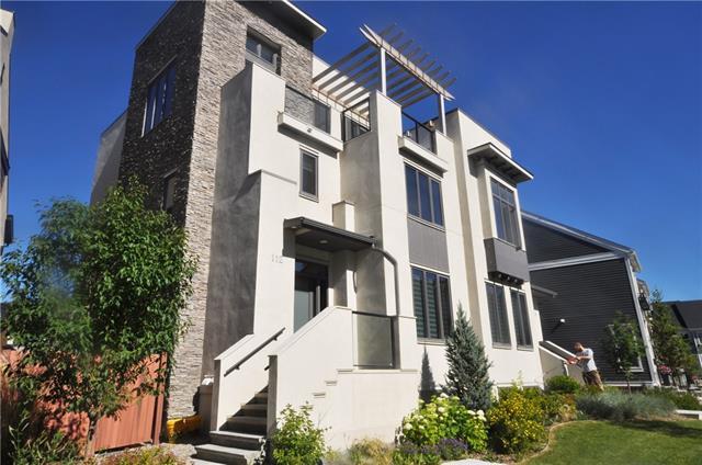 112 Burma Star Road SW, Calgary, AB T3E 7Y4 (#C4196025) :: Redline Real Estate Group Inc