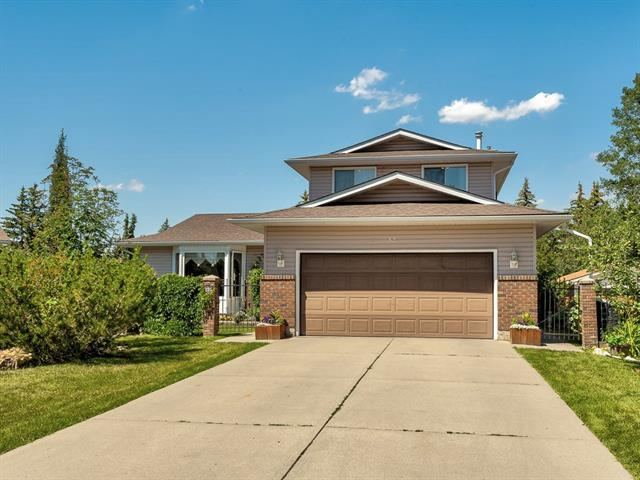 32 Brookpark Rise SW, Calgary, AB T2W 2X1 (#C4196026) :: Your Calgary Real Estate