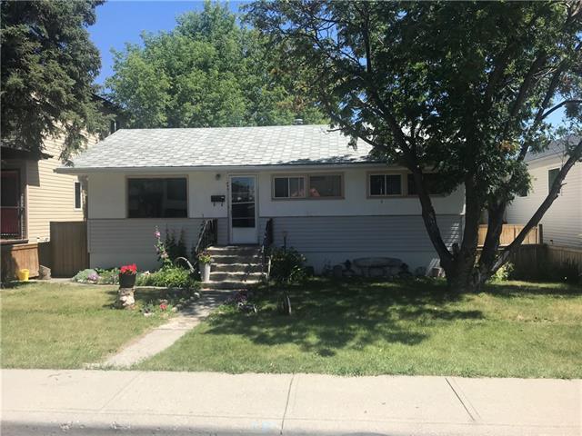 940 38 Street SW, Calgary, AB T3C 1T3 (#C4196078) :: Tonkinson Real Estate Team