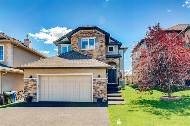 84 Sherwood Rise NW, Calgary, AB T3R 1P5 (#C4196081) :: Tonkinson Real Estate Team