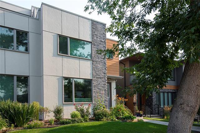 1734 37 Avenue SW, Calgary, AB T2T 2H3 (#C4196089) :: Redline Real Estate Group Inc