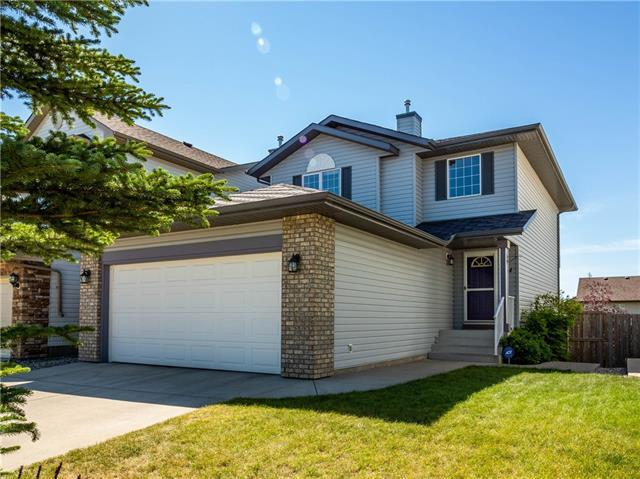 124 Tuscany Meadows Place NW, Calgary, AB T3L 2S1 (#C4196102) :: Calgary Homefinders