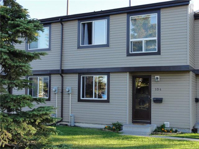 3029 Rundleson Road NE #104, Calgary, AB T1Y 3Z5 (#C4196117) :: Calgary Homefinders