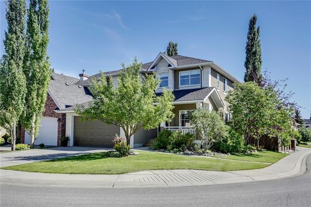 104 Strathridge Place SW, Calgary, AB T3H 4J1 (#C4196154) :: Carolina Paredes - RealHomesCalgary.com