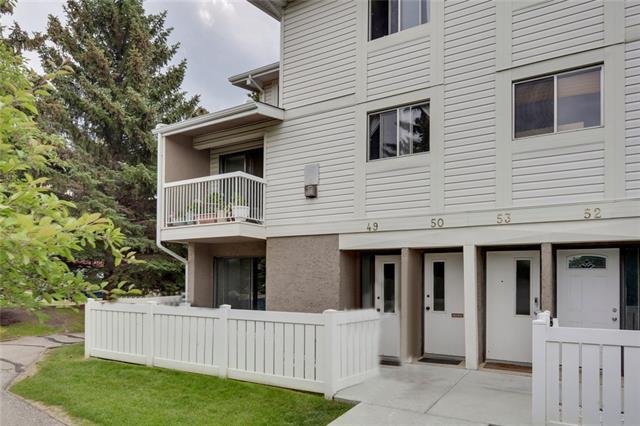 3015 51 Street SW #49, Calgary, AB T2E 6N5 (#C4196177) :: Redline Real Estate Group Inc