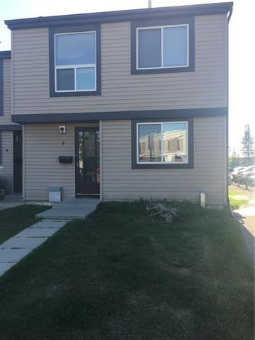 3029 Rundleson Road NE #9, Calgary, AB T1Y 3Z5 (#C4196262) :: Calgary Homefinders