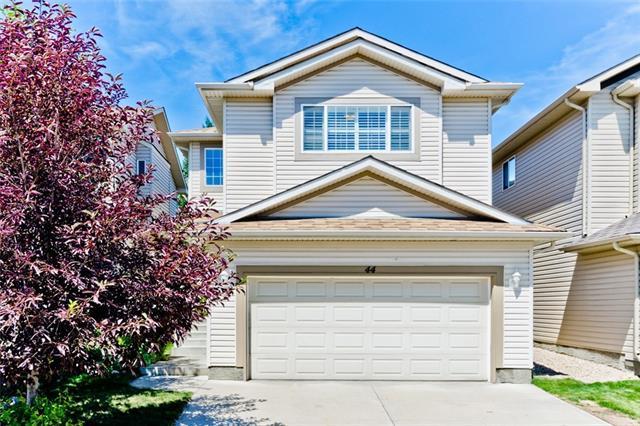 44 Tuscany Ridge Crescent NW, Calgary, AB T3L 3C7 (#C4196296) :: Your Calgary Real Estate