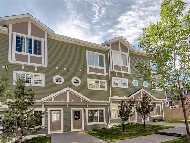 718 Evansridge Common NW, Calgary, AB T3P 0P3 (#C4196322) :: Tonkinson Real Estate Team