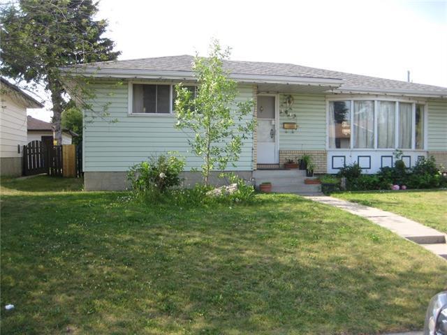 4619 Marbank Drive NE, Calgary, AB T2A 3H9 (#C4196344) :: Tonkinson Real Estate Team