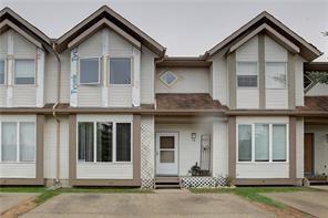 38 Shawbrooke Court SW, Calgary, AB T2Y 3G2 (#C4196382) :: Tonkinson Real Estate Team