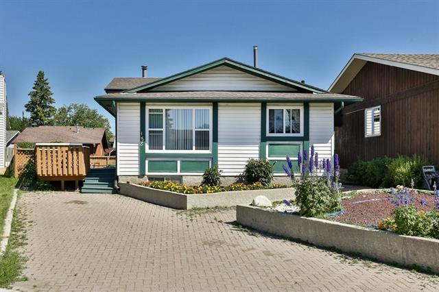 188 Templewood Road NE, Calgary, AB T1Y 4G9 (#C4196419) :: Your Calgary Real Estate