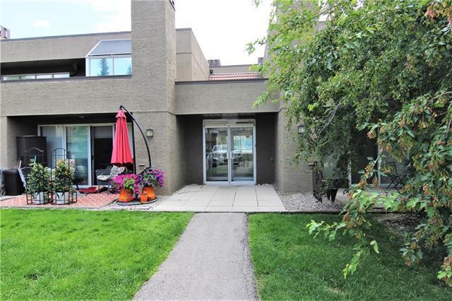 108 Village Heights SW #7, Calgary, AB T3H 2L2 (#C4196456) :: Calgary Homefinders