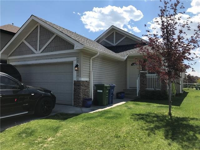 101 Channelside Cove SW, Airdrie, AB T4B 3J1 (#C4196500) :: Calgary Homefinders