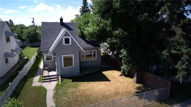 2435 6 Avenue NW, Calgary, AB T2N 0X5 (#C4196548) :: Canmore & Banff