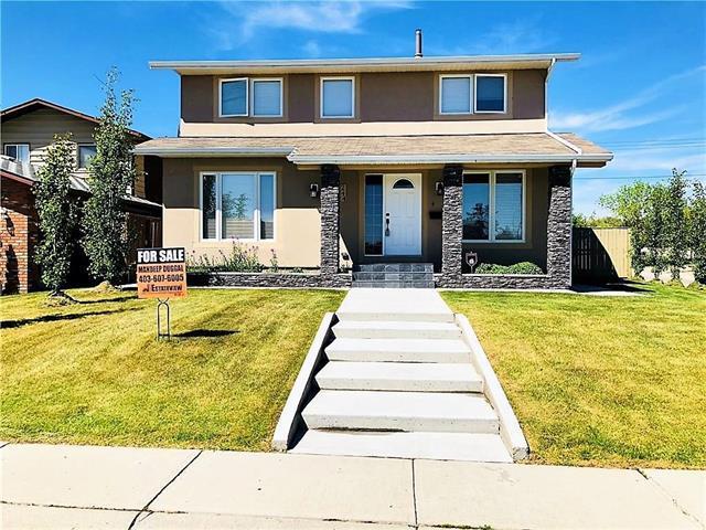 244 Templeton Circle NE, Calgary, AB T1Y 5T7 (#C4196606) :: Calgary Homefinders