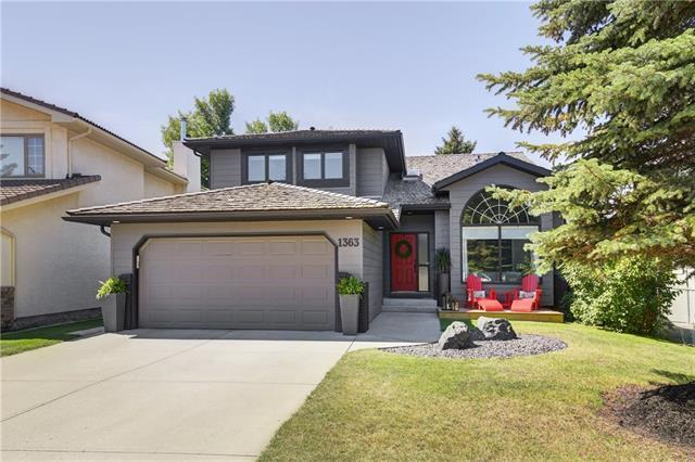 1363 Sunwood Road SE, Calgary, AB T2X 2V8 (#C4196634) :: Tonkinson Real Estate Team
