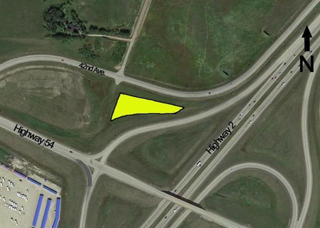 on Highway 54, Innisfail, AB T4G 0E4 (#C4196641) :: Calgary Homefinders